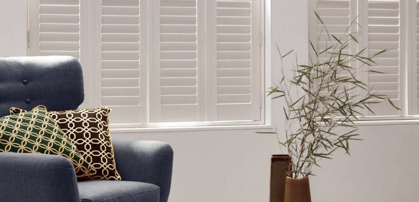 Lounge Shutters Winchester - Shuttersouth