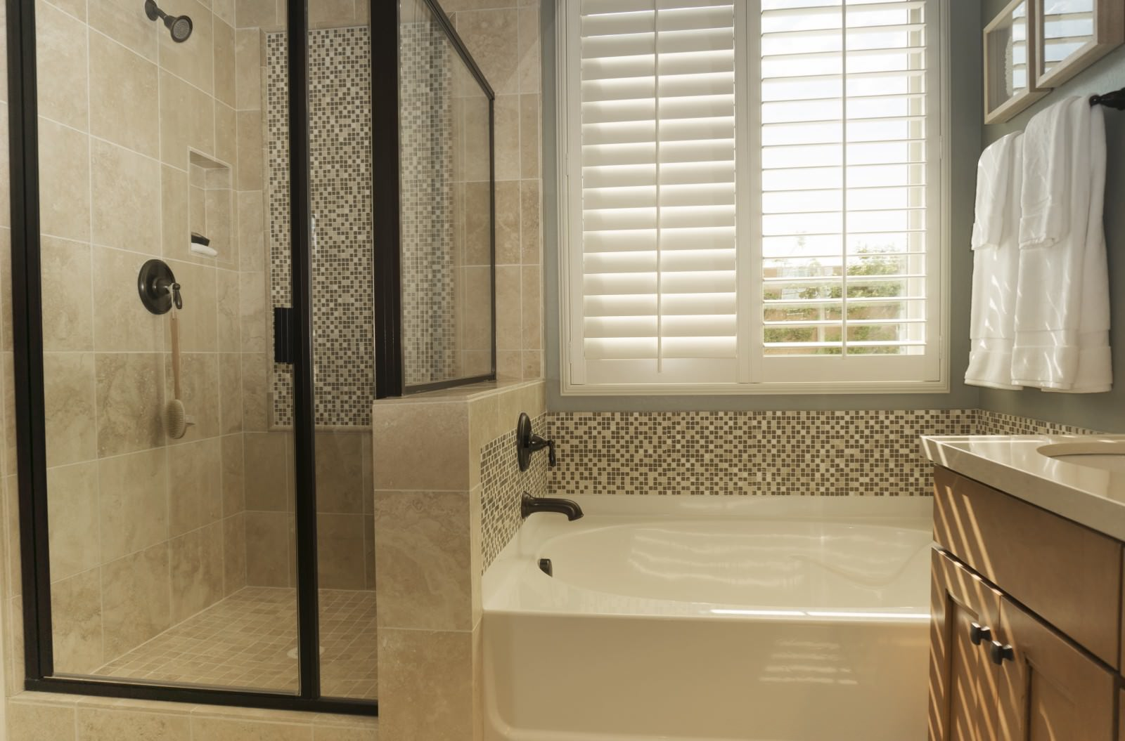 Bathroom Shutters - Shuttersouth