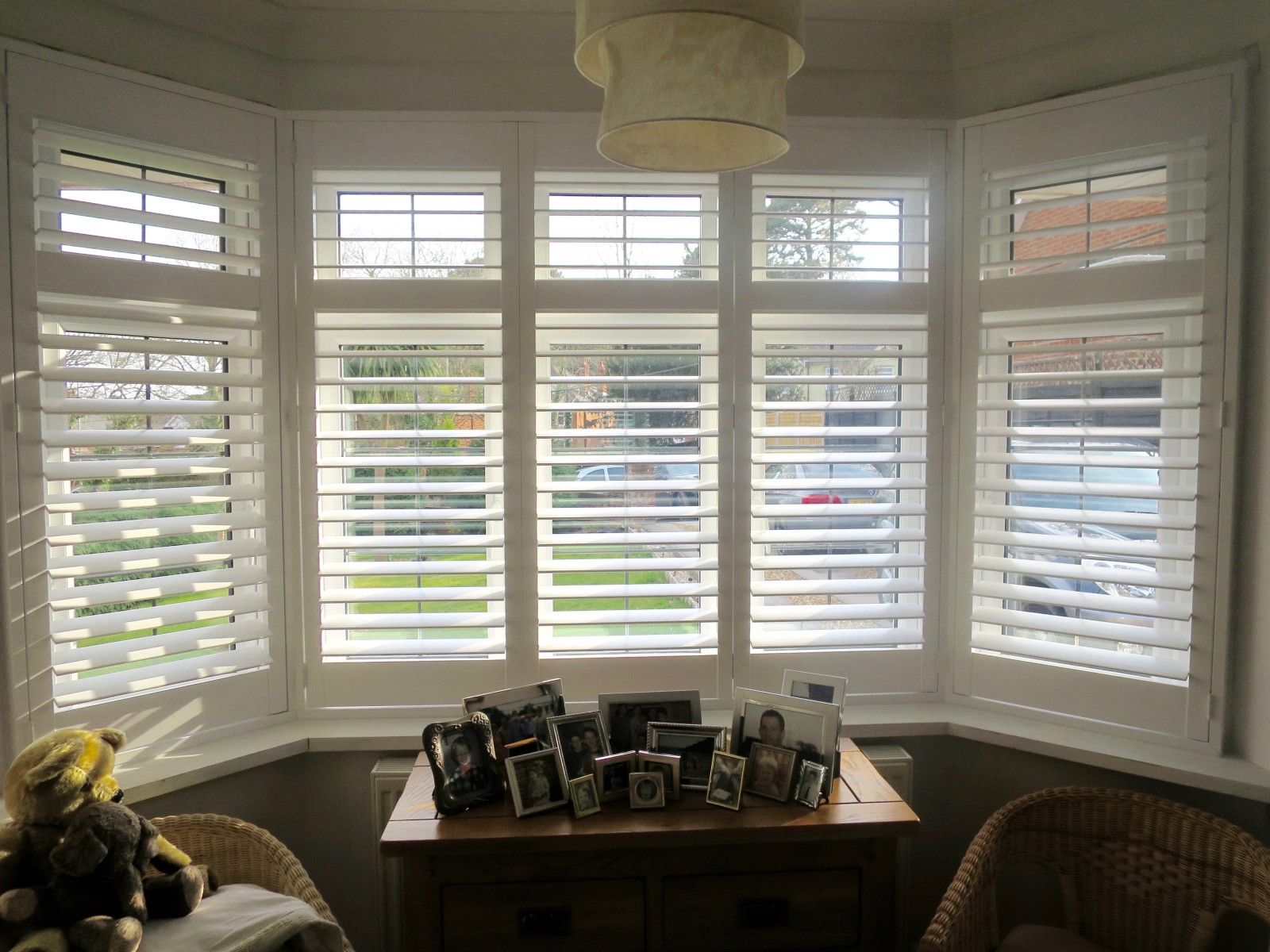 Bay window shutters fitted in bursledon southampton shuttersouth